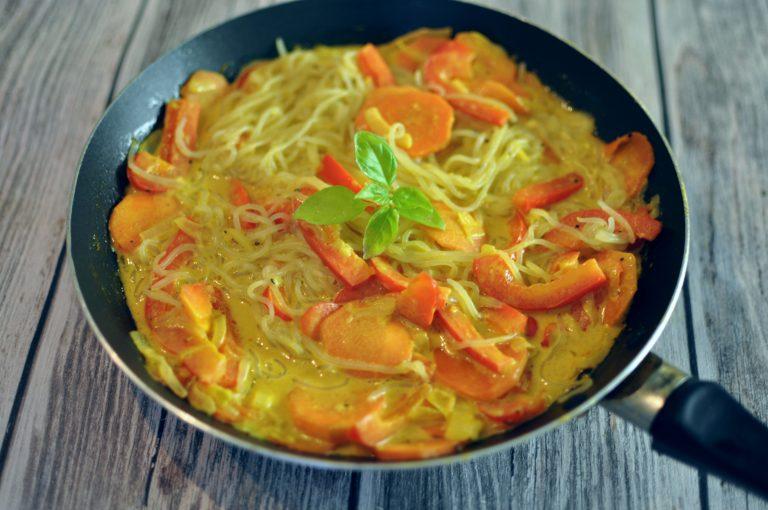 Vegan Curry Noodles with Shirataki Noodles