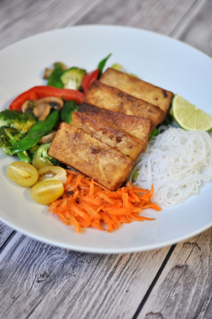 Asian Bowl with Tofu and Shirataki Noodles Vegan Keto Recipe