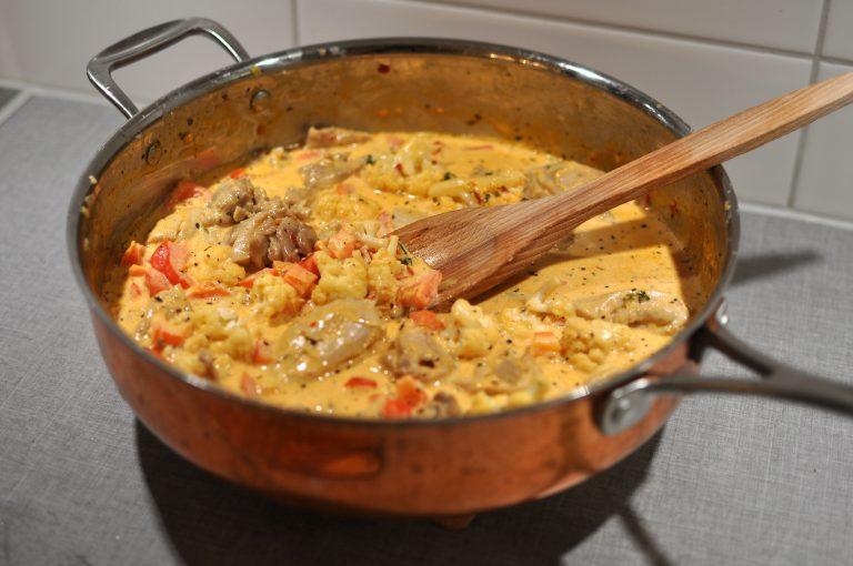 Chicken stew with basil